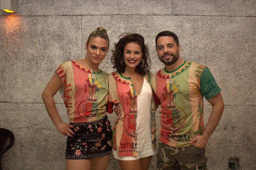 Glamour Garcia, Pedro Carvalho e Paloma Bernardi sambam juntos em noite de ensaio na Grande Rio