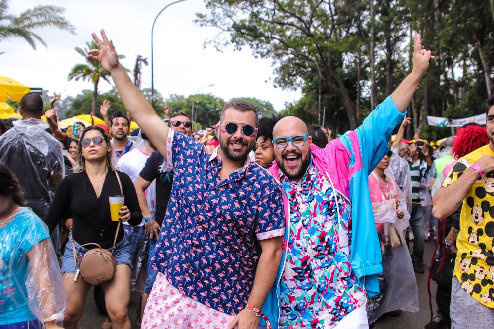Tiago Abravanel revela que vai se casar após 5 anos de relacionamento com Fernando Poli