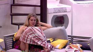 Marcela desabafa sobre crise com Rafa e Manu